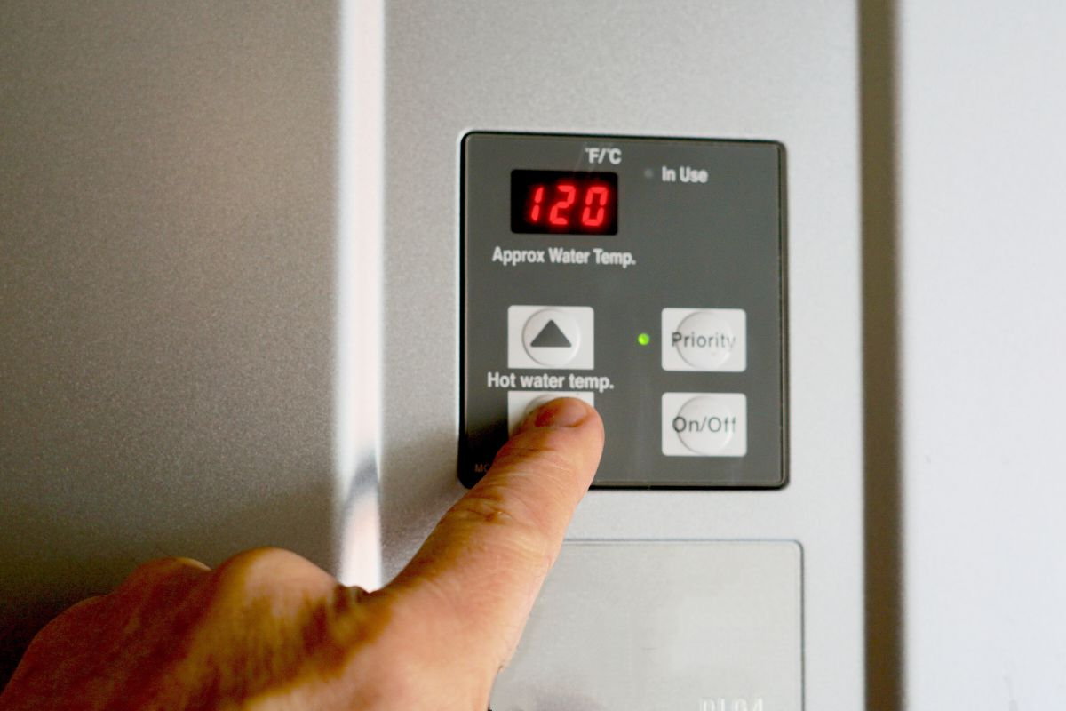 how to convert rv water heater to tankless