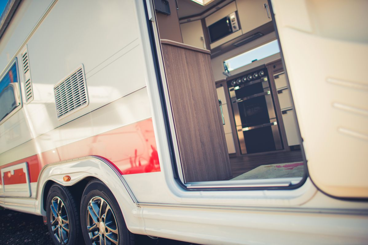 how to replace subfloor in travel trailer